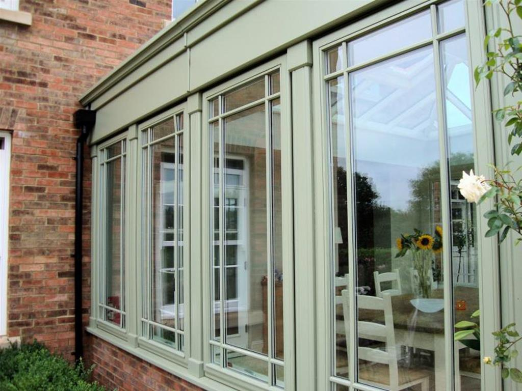 Bespoke window manufacturers custom windows for Window manufacturers